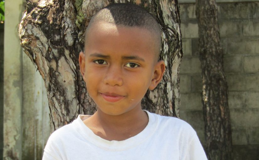 Nicolas -7 ans (G) – Madagascar – Tamatave